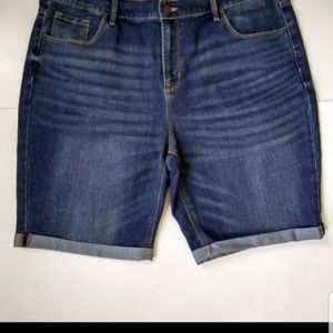 New Old Navy cuffed shorts